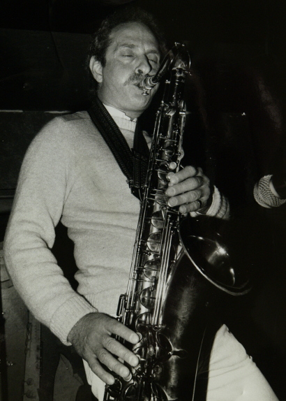 Image of Bobby Wellins blowin' hot, 28th April 1985.