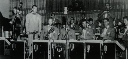 Image of Back Row; Ed Mihelich, Buddy Combine, Nick Buono, Pinky Savitt (half hidden). Middle Roe; Harry James, Juan Tizol, Dave Robbins, Ziggy Elmer (soloing). Front Row; Bob Poland, Corky Corcoran, Willie Smith, Ed Rosa, Sam Sachelle. Cicrca late 1947 early '48.
